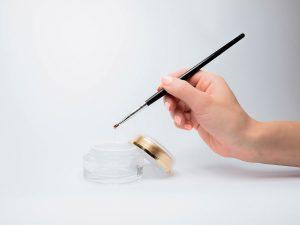 artykuły do zdobienia paznokci